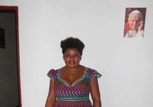 Michele_fryzjerka-Kamerun-dofinansowanie-materialow-07.2016