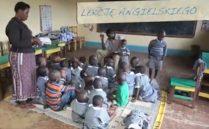lekacja-angielskiego-dzieci-afryki-nauka-angielskiego-tanzania-fundacja-maja-przyszlosc